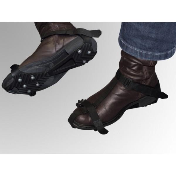 Crampons antiderapant de chaussures pour l 39 hiver - Couvrir arbuste pour l hiver ...